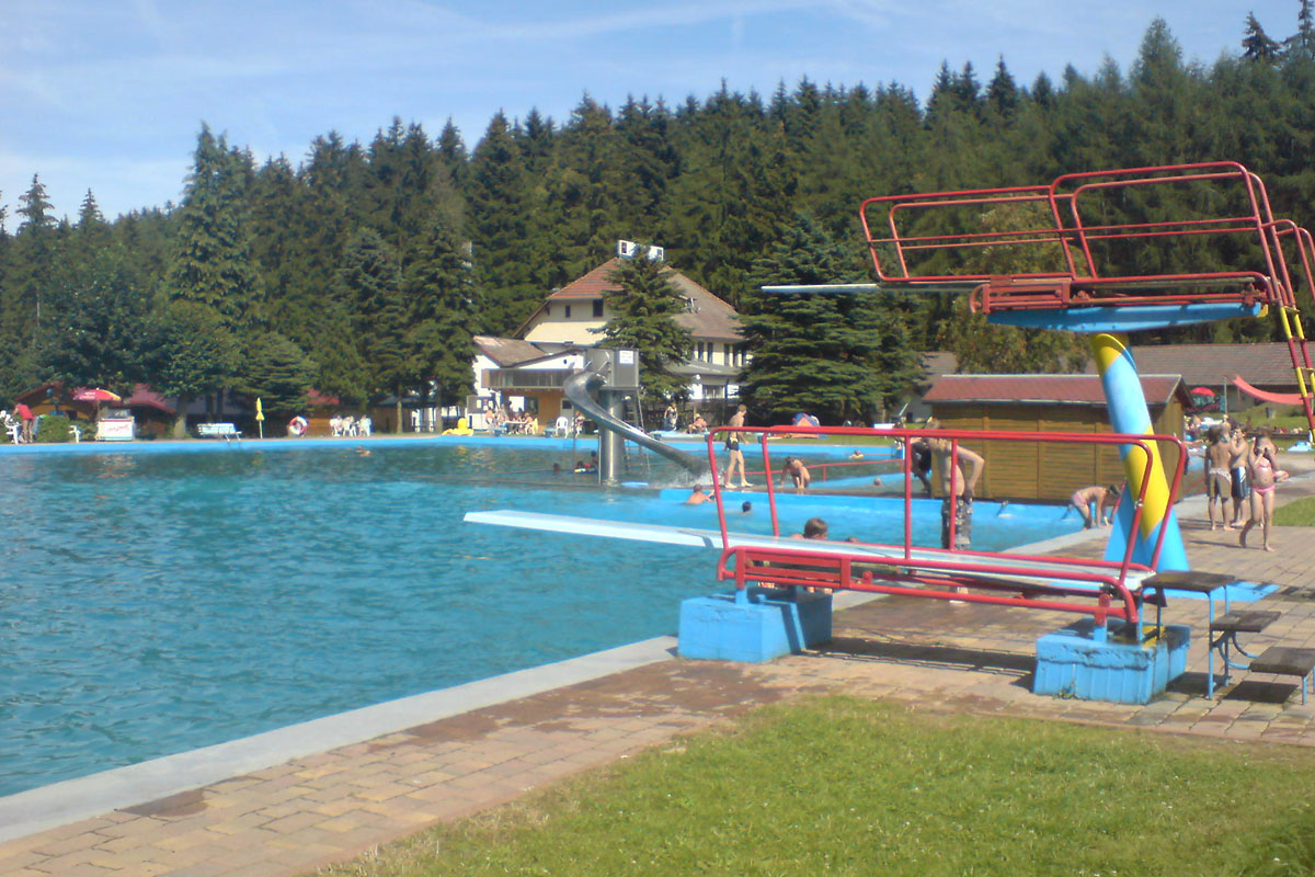 Schwimmbad in Ruhla