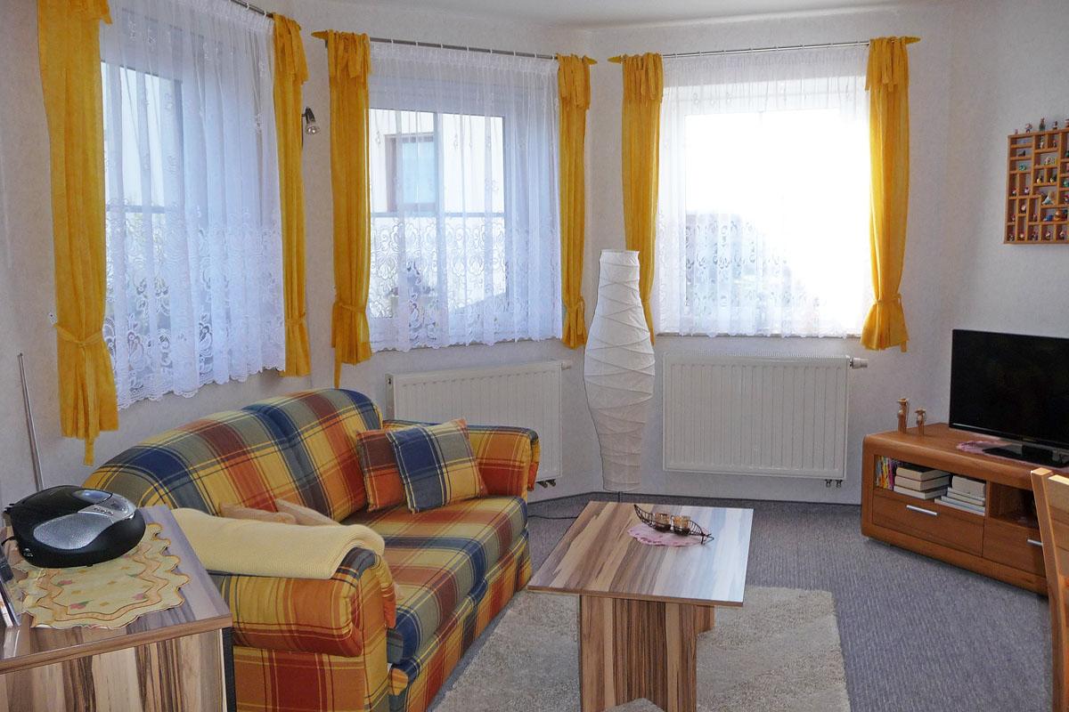 ferienwohnung haus a bis z saalburg th ringen. Black Bedroom Furniture Sets. Home Design Ideas