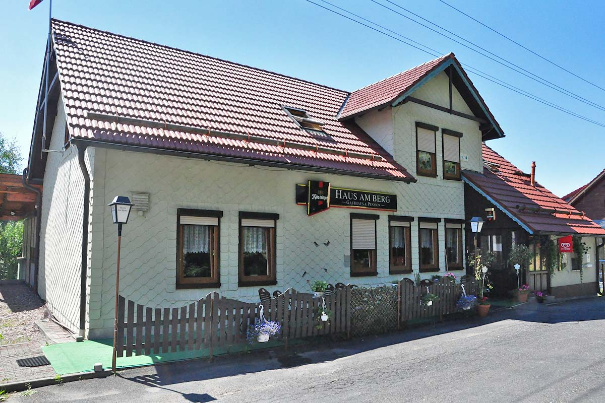 Gasthaus & Pension Haus am Berg