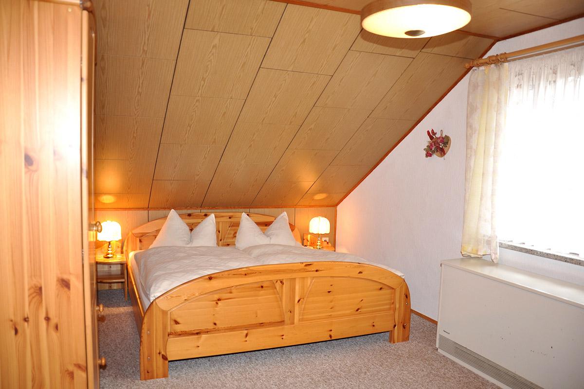 ferienwohnungen haus apostelblick obersch nau th ringen. Black Bedroom Furniture Sets. Home Design Ideas