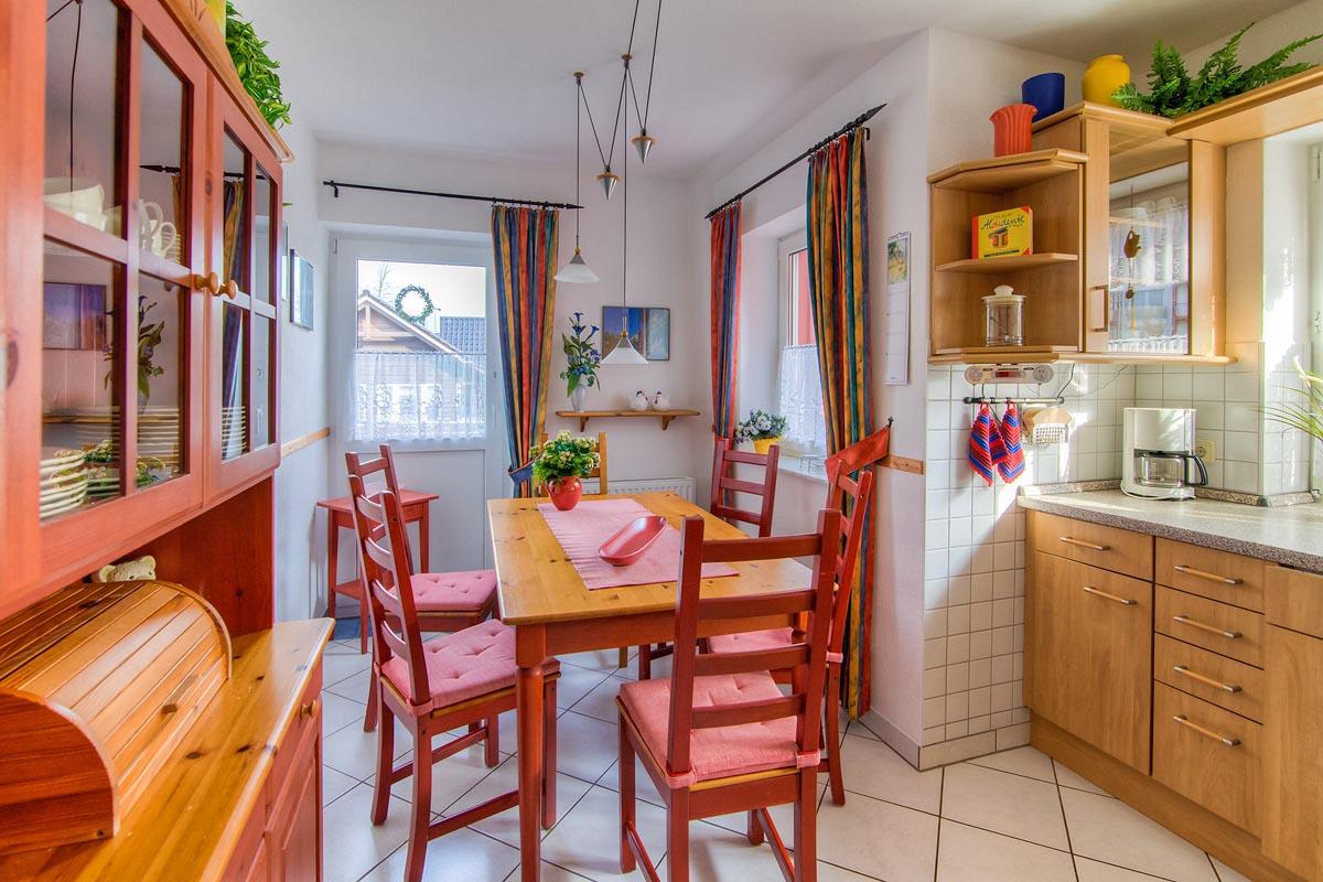 ferienwohnanlage haus tannenblick oberhof th ringen. Black Bedroom Furniture Sets. Home Design Ideas