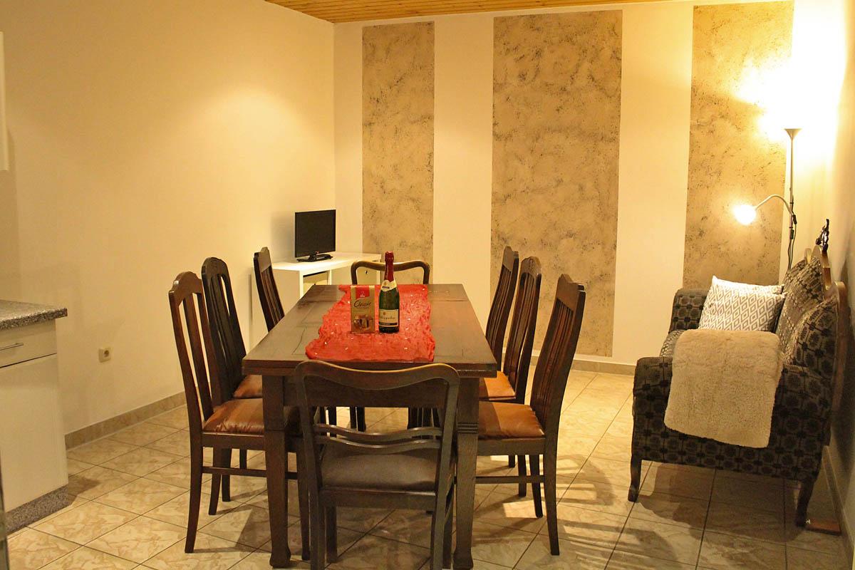 ferienhaus an der eiche floh seligenthal ot schnellbach th ringen. Black Bedroom Furniture Sets. Home Design Ideas